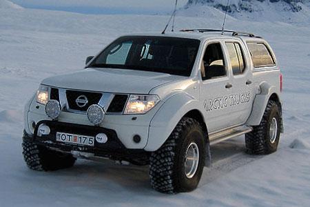 Nissan Pathfinder (Islandia)
